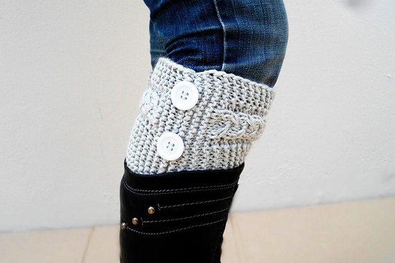 Light Grey Boot Toppers, Light Gray Boot Cuffs, with White Button, Knit Boot Cyfff,Knit Boot Toppers, Accessories