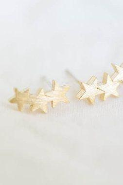 Trio Star Stud Earrings, Romantic Jewelry, Three Star Earrings