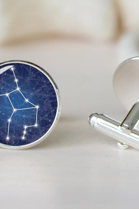 Galaxy Earrings, Gifts for Her, Nebula Earrings, Science Jewelry, outer space earrings, astronomy jewelry, milky way galaxy, galaxy earring, science earrings, science jewelry,E39